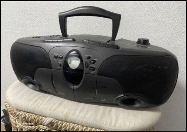 Radio Grundig Dupla Cassete e Cds