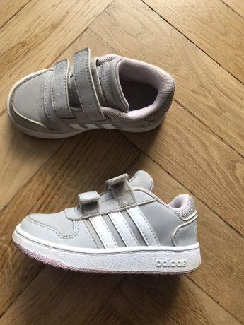 Buty dziecięce adidas 24
