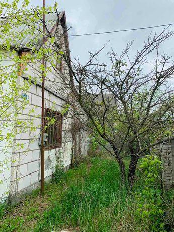 Дом . Путровка . Васильковский р-н . 2003 г. постройки .