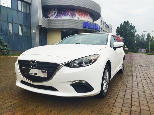 Mazda-3 хэтчбек.