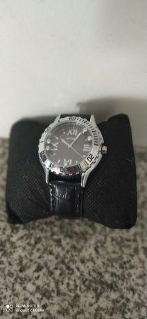 Relógio novo.    .