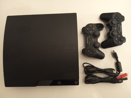 PS3 320GB Slim + 2 pady DS3