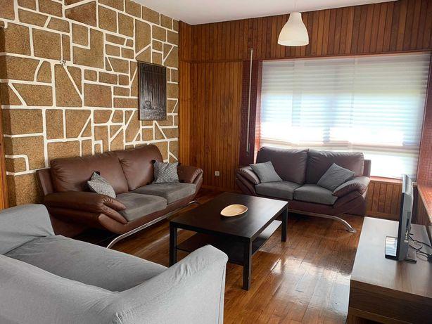 Aluga-se quartos para estudantes em moradia/apartamento em Chaves