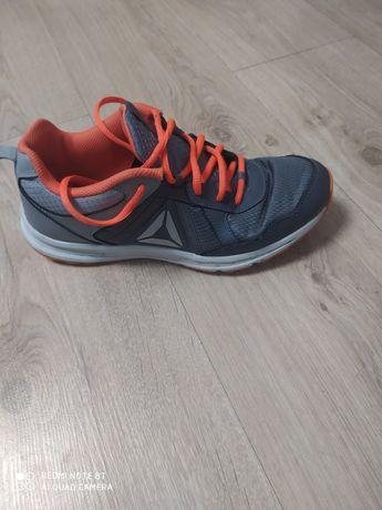 Мужские кроссовки Reebok 38,5 размер