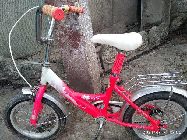 велосипед на 5-6 лет -400 гр