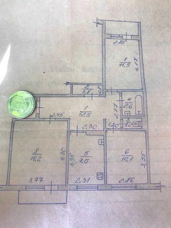 Продам  квартиру в центре , ул .Грушевского, 3 раздельные комнаты