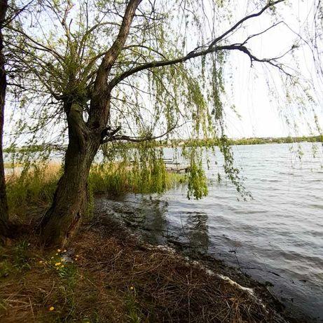 Продам дом новой постройки на берегу водоёма.ym