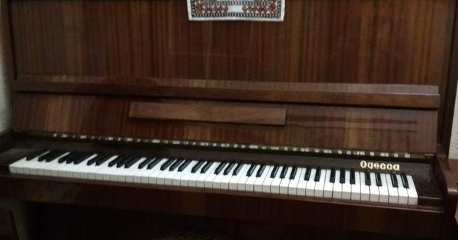 """Продается фортепиано (пианино) """"Одесса"""""""