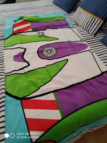 Toalha praia Disney (asas do Buzz Lightyear) nova c/etiqueta