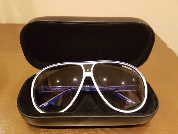 Vendo oculos de sol Carrera