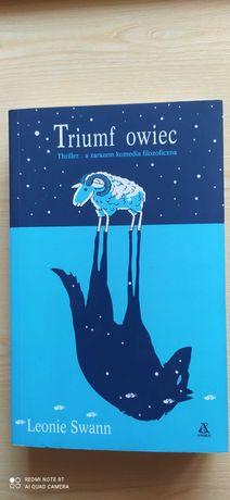 """Triumf owiec"" Leonie Swann"