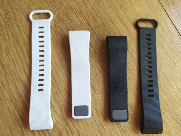 2 Braceletes para smartwatch Xiaomi Amazfit Cor - Preta e Branca