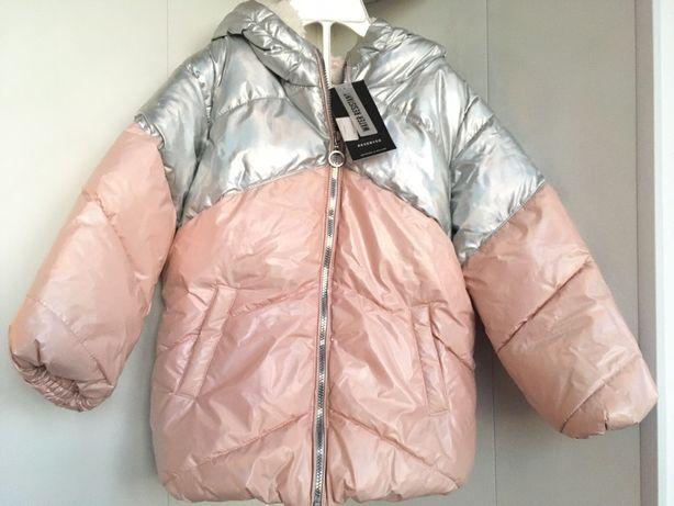 Куртка фирменная для девочки новая розовая голограмма