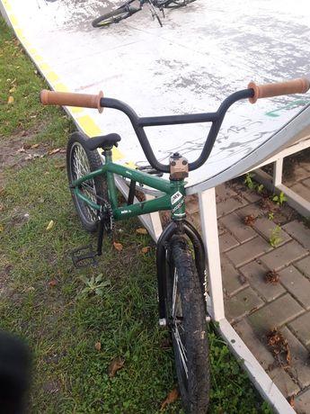 BMX (dirt,street)