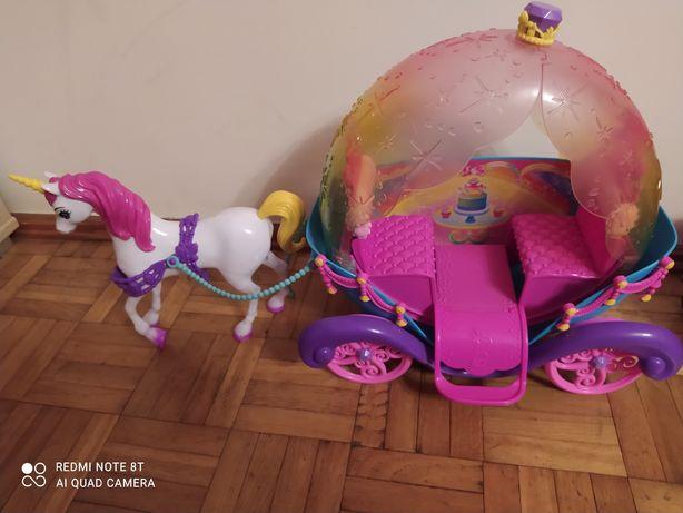 Tęczowa karoca z koniem Dreamtopia