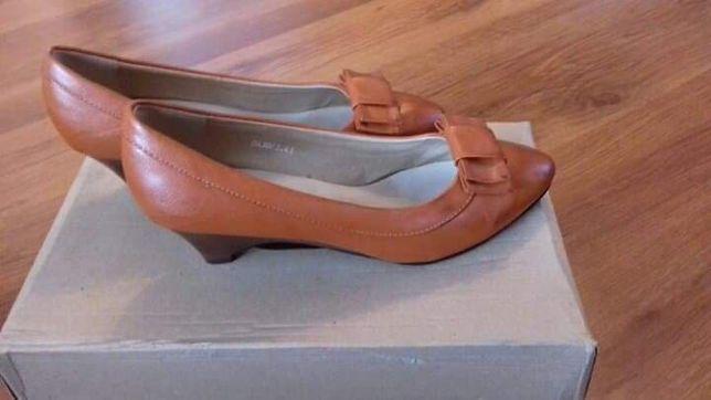 Nowe buty, kokardka, r. 40, brązowe, rude
