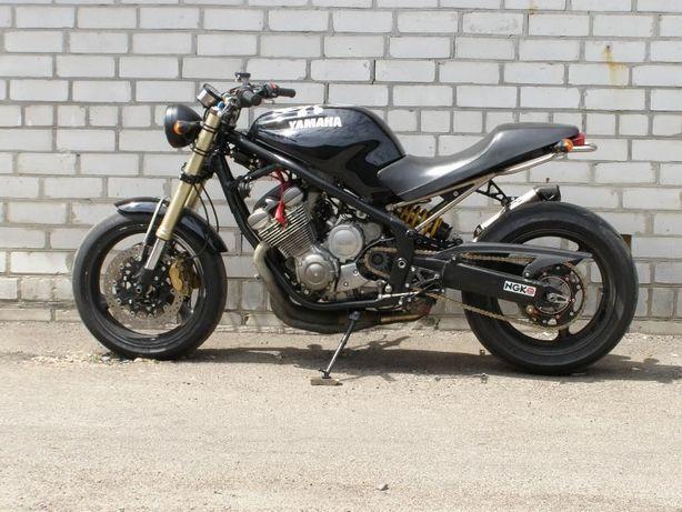 Мотоцикл Yamaha XJ 600