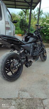 Продаю мотоцикл Кавасаки Z750, не Хонда, ямаха, сузуки