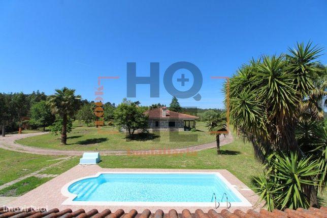 Moradia térrea c/piscina e 9700m terreno|Guimarei - St.Tirso