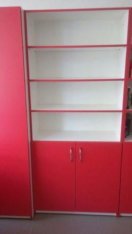 Офисная мебель комплектом и по отдельности.