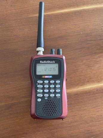 Skaner radiowy Radioshack Pro 84
