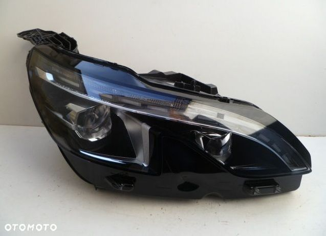 REFLEKTOR PRAWY FULL LED PEUGEOT 3008 5008 EUROPA