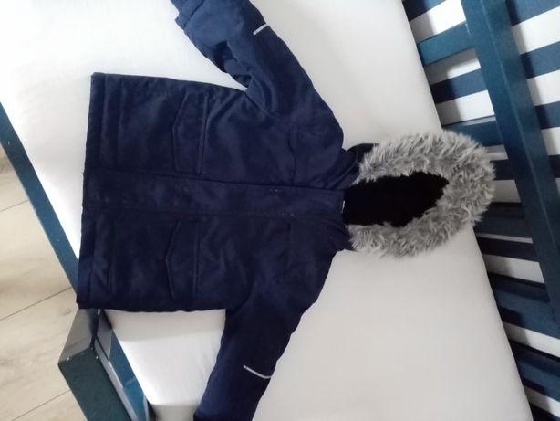 Bardzo ciepla kurtka r. 92 dla chlopca