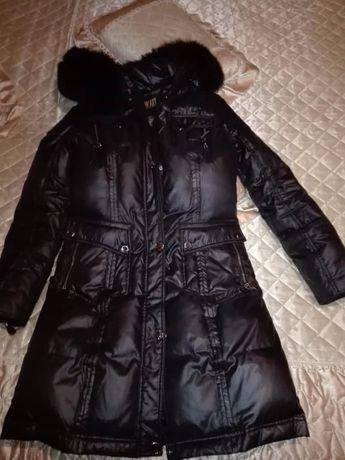 Женское зимнее пальто ( пуховик )