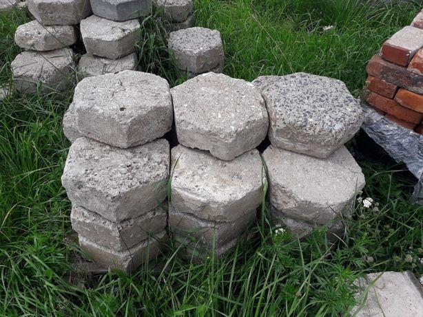 Trylinka Trelinka betonowa, płyty betonowe, obrzeża