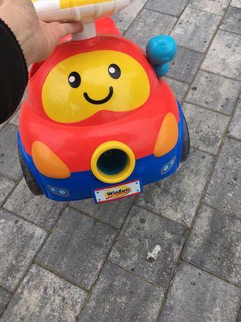 Winfun Walker Ride-On Popping Car Czerwony
