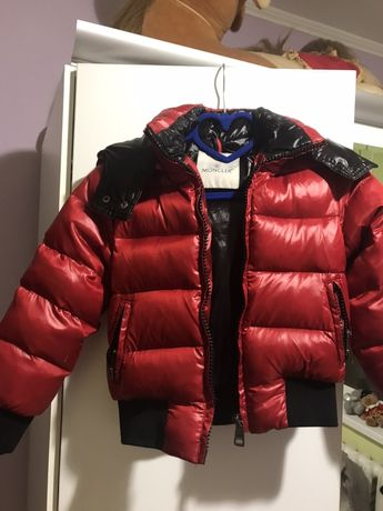 Moncler куртка пуховик оригинал Срочно