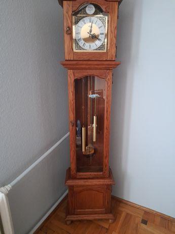Zegar stojący firmy metron