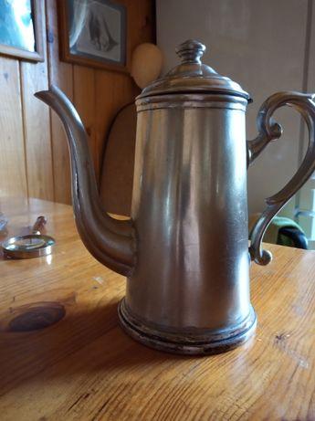 Старинный кофейник ХІХ век