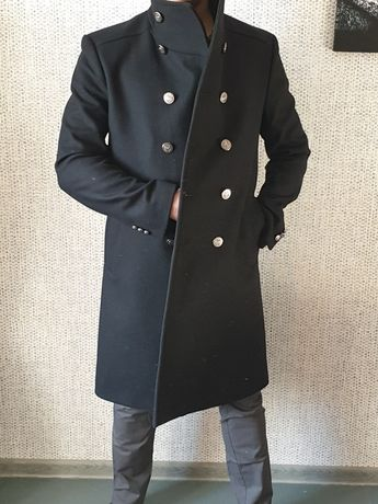 Пальто мужское ZARA р.М