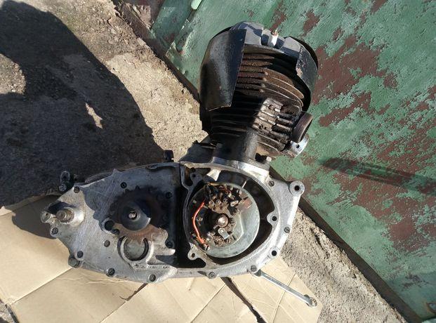 Двигатель СЗМ СЗЛ иж-49 (циклоп)