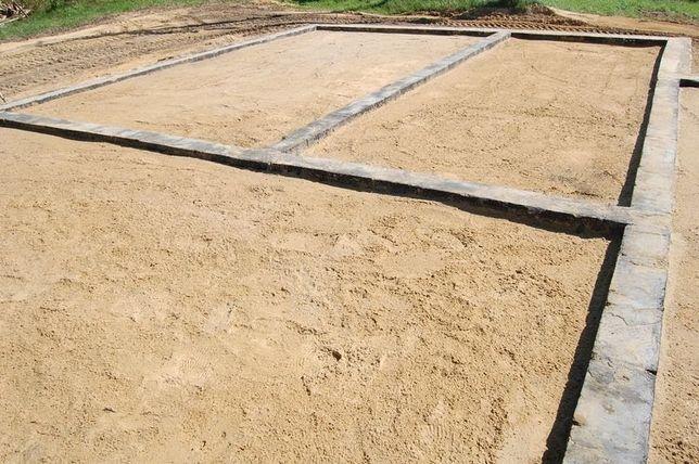 Piasek fundamentowy kopany pospółka budowlany do zasypania fundamentów
