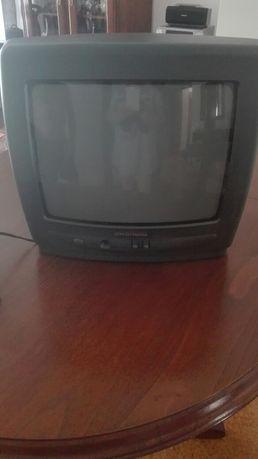 Televisão a funcionar