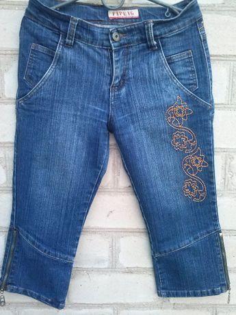 Джинсовые шорты бриджи с вышивкой