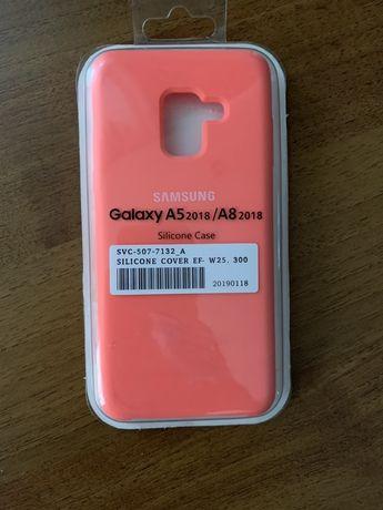 Продам чохол на тел Samsung A8(A530F)