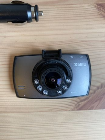 Wideorejestrator Xblitz Brack Bird 1080P. Kamera samochodowa.