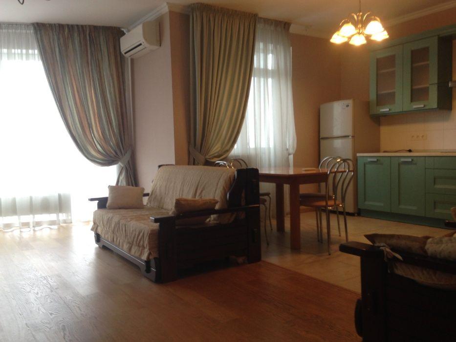 Продам 3-х комн квартиру с ремонтом, ул. Борщаговская 152А Киев - изображение 1