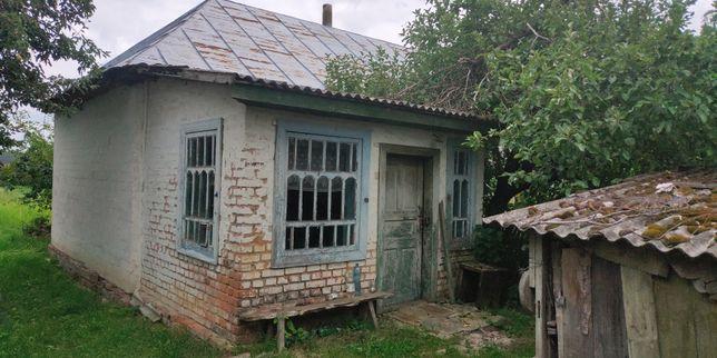 Продам будинок с земельною ділянкою