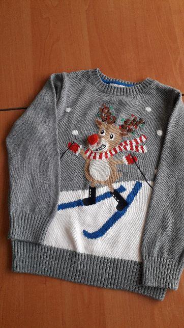 Оригинальный детский свитер с оленем для ребенка 5-6 лет.