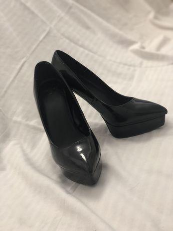 Туфлі Mango