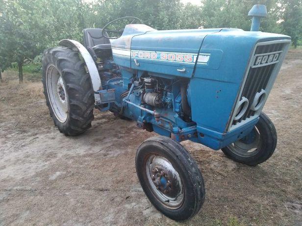 ciągnik sadowniczy FORD 3000 sadownik