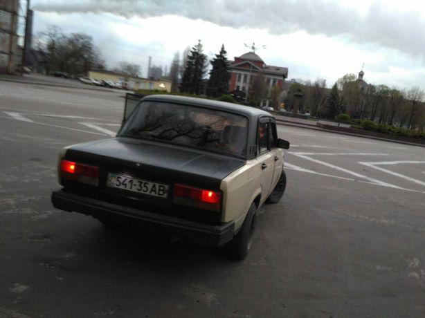 Продам ВАЗ-2105.