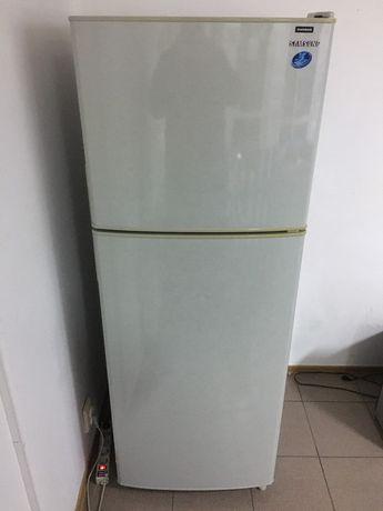 Холодильник Samsung RT34GCMG2