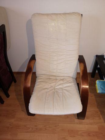 Fotel drewniany używany