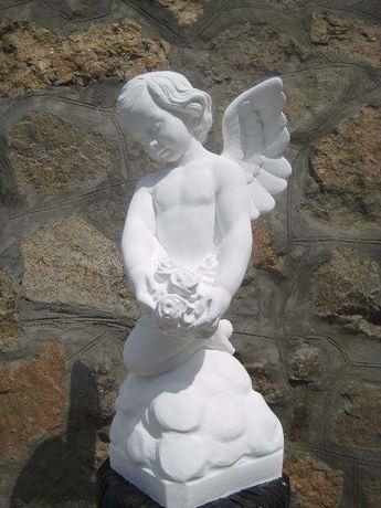 Скульптура ангела з бетона для пам`ятників