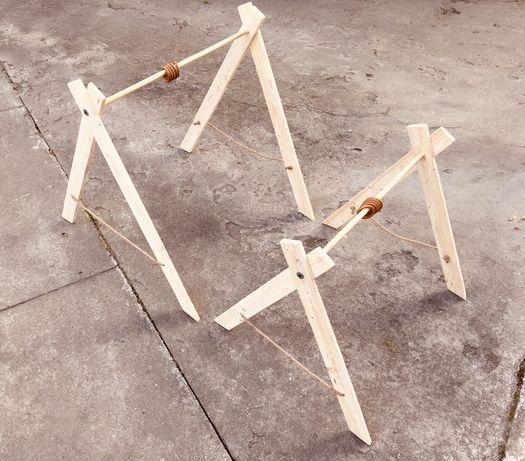 Drewniany stojak gimnastyczny dla maluszka - nowy
